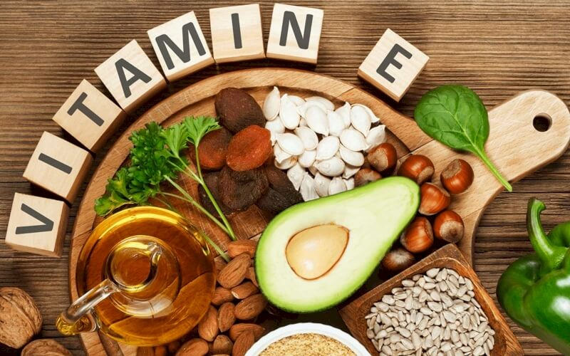 Vitamin E to Prevent Diabetic Complications, Is It Effective?